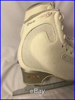 EDEA Ice Fly Figure Skating Boots with Coronation Ace Blades Size 240 guards inc