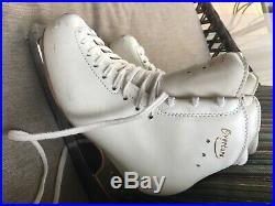 Edea Overture 240 figure skates, with ECLIPSE Cosmos blades, pre-owned