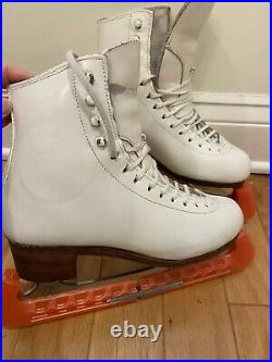 Figure skates sp teri deluxe with coronation ace blades size 6 B
