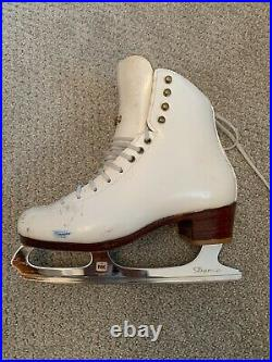 Harlick Competitor Plus figure skates with MK dance blades. Women's Size 5.5