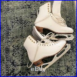 Harlick Figure Skates With Pattern 99 Blades