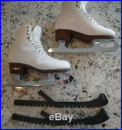 Harlick Girl's Leather Figure Skates Size 5 Gold Seal Blades Very Good