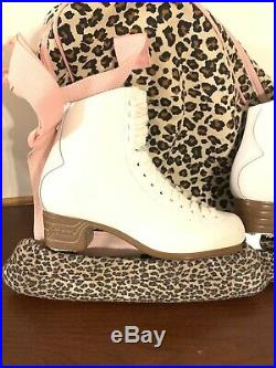 Jackson Artiste Ladies Figure Ice Skates Size 6.5 With Blade Covers Matching Bag