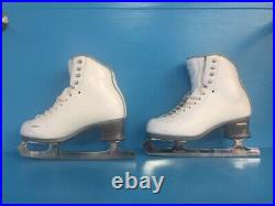 Jackson Debut FS2450 size 5.5R Boots with Pattern 99 blades (gently used)