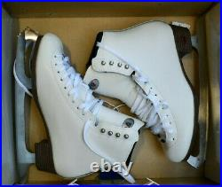 RIEDELL 133 Girls/Ladies Ice Skates White Size 8.5 A boots ASTRA blades figure