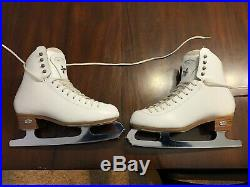 Riedell 255 Motion Figure Skates with Cosmos Blades Women's size 6 medium width
