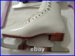 Riedell 320 Club 2000 Blade Ice Figure Skates Leather Size 8