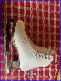 Riedell Bronze Star Figure Skates AND blades -BARELY WORN- Women's Size 6 1/2