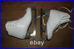Riedell Emerald Figure Ice Skates womans size 7, w pink blade keepers HJ76