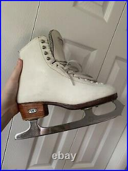 Riedell Figure Skates with Coronation Ace Blades Size 6