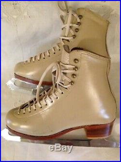Riedell Figure Skating Boots With Mk Gold Star Blades! Never Used Size 7.5 / 8