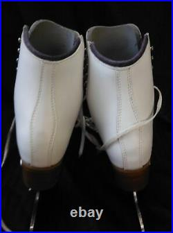 Riedell Model 229 Edge ice skating boot sz 5 white Quest Onyx Blades + covers