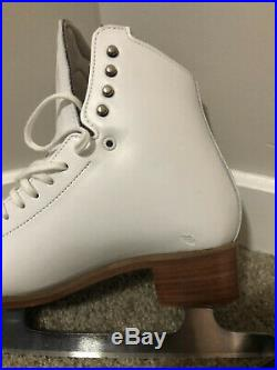 Riedell Motion 6.5 Medium Women's White Figure Ice Skates and Astra Blades