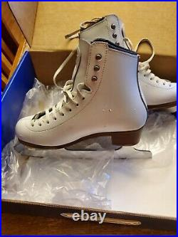 Riedell Stride Ice Figure Skates Size 3.5 Wide mk professional blades