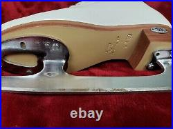 Riedell Youth Model 25 Figure Skates With Onyx Blade Size 3 White Excellent