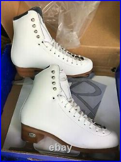 Riedell model 229 Edge white figure ice skates 5.5 M with Cosmos blades $319 ret