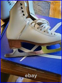Riedell stride ladies figure ice skates size 4 with eclipse blade